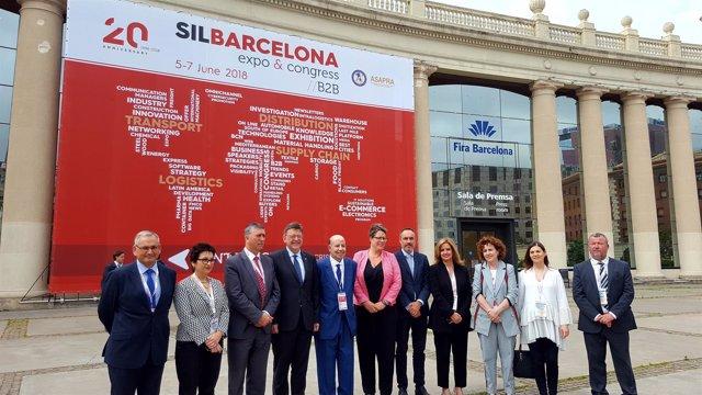 El presidente de la Generalitat Valenciana, Ximo Puig, visita el SIL Barcelona