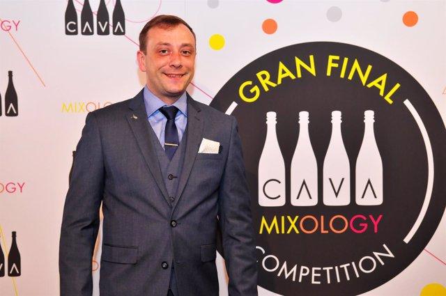 Vitalij Gutovkij, 'Mejor Cava Mixologist' al ganar la Gran Final de concurso de