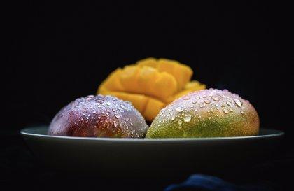 Comer mango alivia el estreñimiento