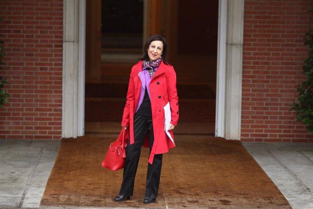 Margarita Robles, ministra de Defensa, llega a su primer Consejo de Ministros