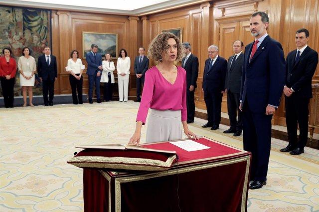 La ministra d'Administracions Territorials, Meritxell Batet, promet el seu càrre