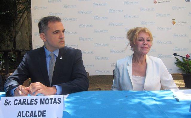 El alcalde de Sant Feliu de Guíxols C.Motas y la baronesa C.Thyssen