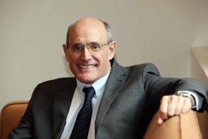 """Rafael Bengoa afirma que para """"mantener el sistema público de salud hay que transformar el modelo asistencial"""" (NAGORE IRAOLA - Archivo)"""