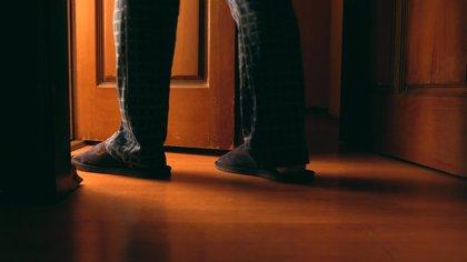 La nicturia: ¿cuándo las ganas de hacer pis por la noche se convierten en un problema?
