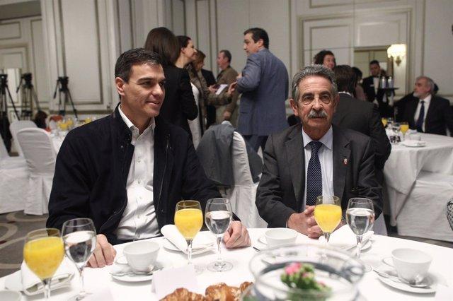Pedro Sánchez y Miguel Ángel Revilla en un acto en Madrid