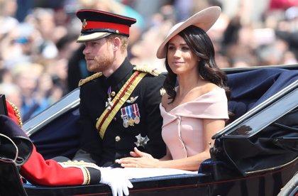 Meghan Markle y el Príncipe Harry regresan de su luna de miel con muchos compromisos reales