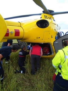 Traslado en helicóptero del motorista accidentado