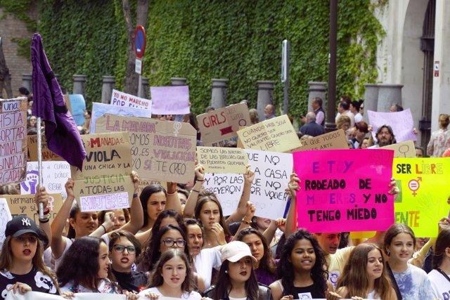 Manifestación en Sevilla contra la sentencia de 'La Manada'