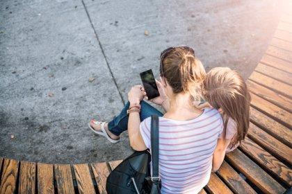 Privar de internet a los hijos les impide aprender importantes lecciones