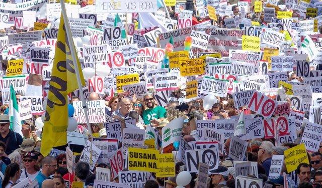 Imagen de la manifestación por una sanidad digna en Sevilla