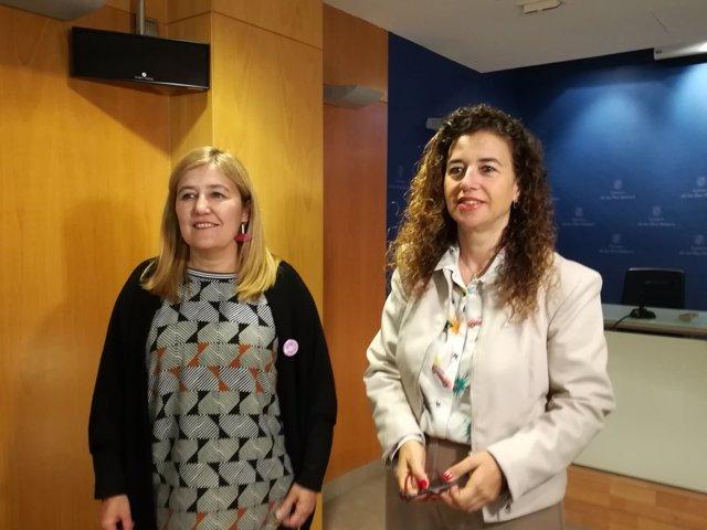 La directora del IbDona,Rosa Cursach, y la consellera de Presidencia,Pilar Costa