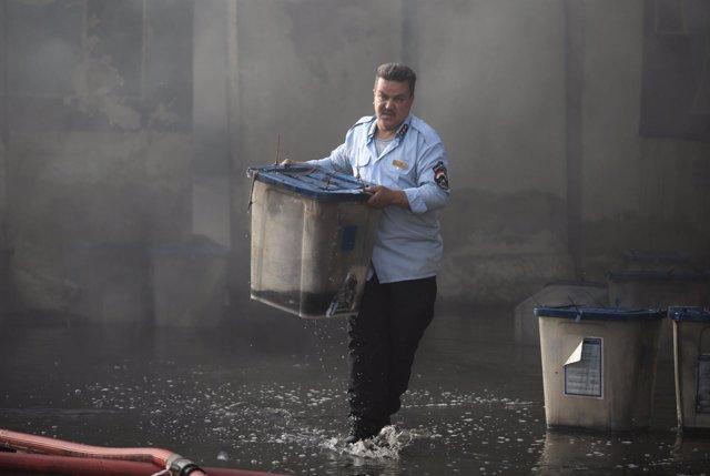 Incendio de almacén electoral en Bagdad