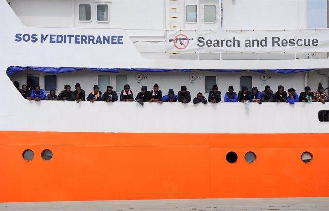Barco de rescate Aquarius