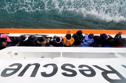 """El Gobierno sobre la petición de desembarco del 'Aquarius' en España: """"Habría que estudiarlo"""""""