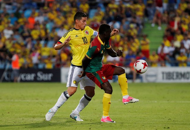 James Rodríguez con la selección de Colombia ante Camerún