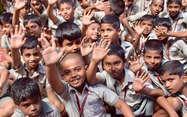 El CEU y AUARA recaudan más de 13.500 euros para mejorar la salubridad de 1.200 alumnos en un colegio de la India