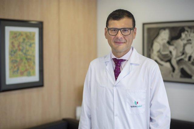 El hepatólogo de Medicina Interna del Hospital Quirón J.Altamirano