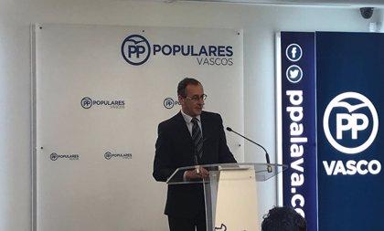 """Alonso llama al Gobierno a """"no hacer promesas a independentistas"""" porque empieza a haber un """"problema"""" en Euskadi"""