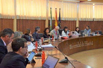 La Universidad de Huelva aprueba el plan docente para el próximo curso y un protocolo para prevenir el acoso laboral