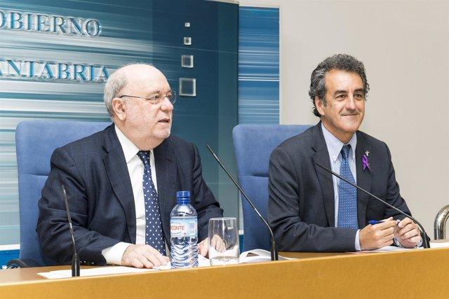 Los consejeros de Industria, J. José Sota, y de Medio Ambiente, Francisco Martín