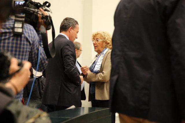Carmena y Henríquez de Luna en el Pleno de Madrid