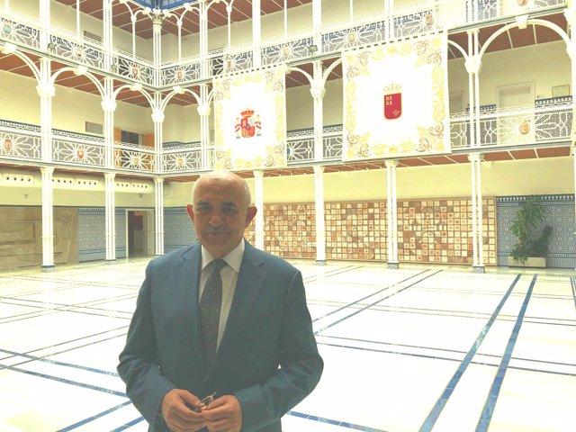 Alberto Garre, en la Asamblea Regional