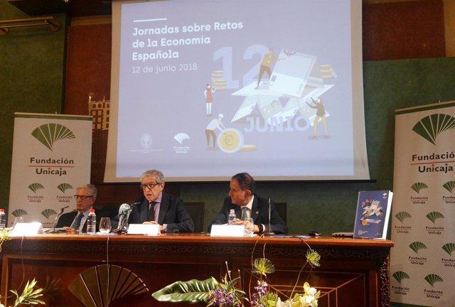 Braulio Medel presenta unas jornadas sobre retos economía española