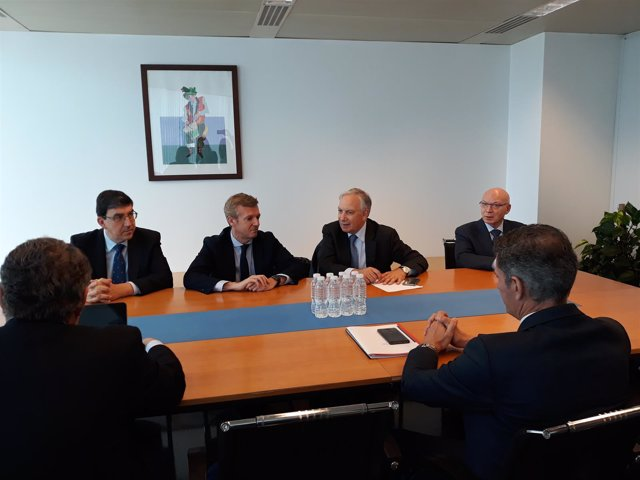 Representantes del grupo Luckia presentan el proyecto del casino a la Xunta