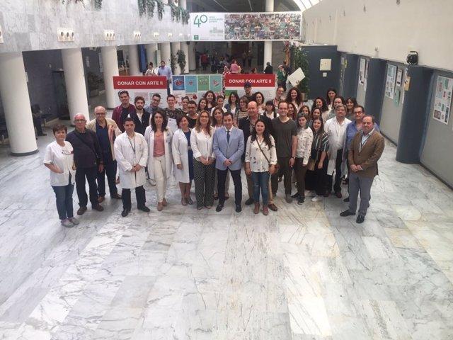 Autoridades y responsables en la inauguración de la muestra