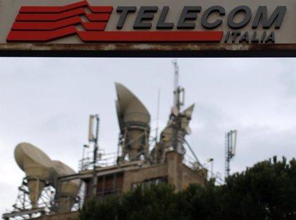 Telecom Italia acuerda el despido de 4.500 trabajadores y la reducción de salario de otros 30.000