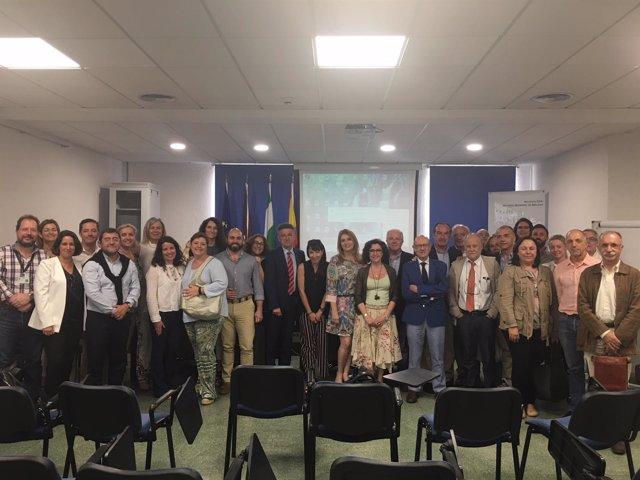 Grupo de expertos entrega documento del hospital a Salud