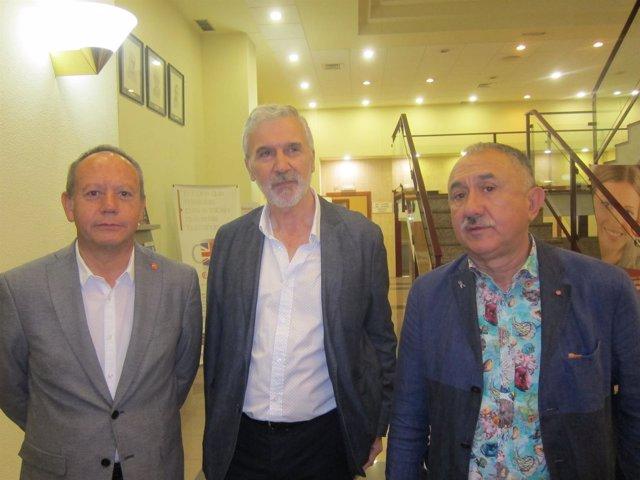 PEPE ÁLVAREZ JUNTO A ISMAEL SÁEZ Y FRANCISCO SACACIA