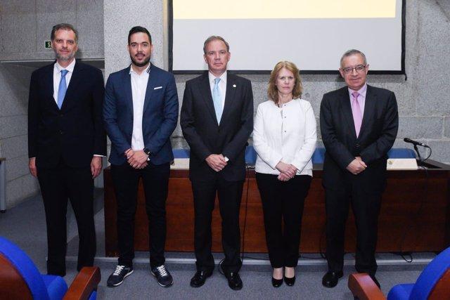 Los ponentes de la jornada 'Participación del paciente en el sistema sanitario'