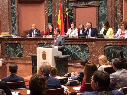 """El PSOE acusa a López Miras de """"invisibilizar"""" a las mujeres que sufren desigualdades y brecha salarial"""