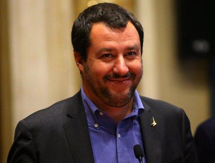 """Salvini agradece el gesto de Sánchez y subraya que España tiene más """"margen"""" de acogida que Italia"""