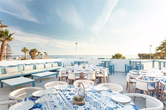 Mirador Playa cuenta con una gran terraza de 550 metros cuadrados al mar.