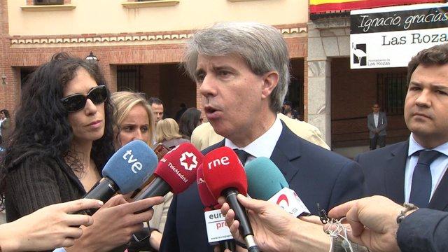 Ángel Garrido (PP) en el homenaje a Ignacio Echeverría