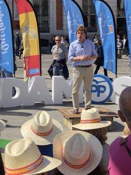 PP sale a la calle con la campaña Quedamos