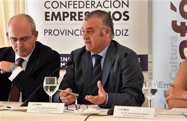 El consejero de Empleo, Empresa y Comercio, Javier Carnero