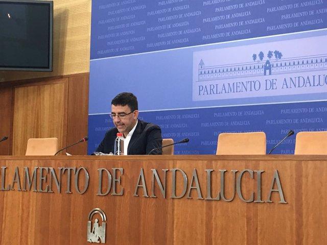 Mario Jiménez, este miércoles, en rueda de prensa