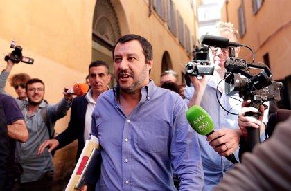 """Salvini da por bueno el coste para Italia de acompañar al 'Aquarius' si sirve para que Europa sea """"partícipe"""""""
