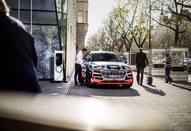 Nuevo e-tron de Audi/ Coche eléctrico