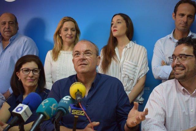Monago, en rueda de prensa en Navalmoral