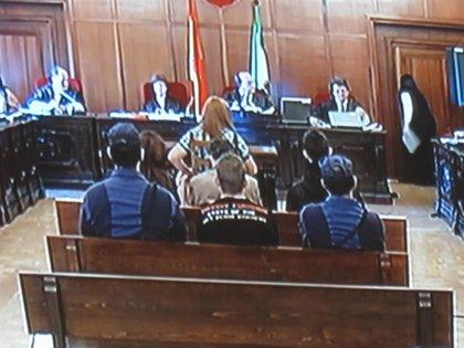 Imponen 210 días de cárcel a la madre del Cuco por impago de la multa por la orden de alejamiento