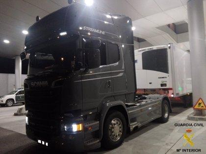 Detenido el conductor de un camión en el puerto de Algeciras con 37 kilos de hachís ocultos