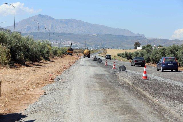 Carretera acceso centro logístico de antequera diputación mejora vía