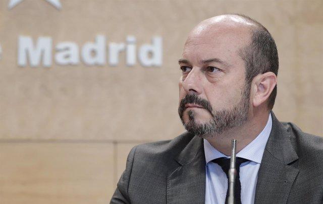 El vicepresidente de la Comunidad de Madrid, Pedro Rollán