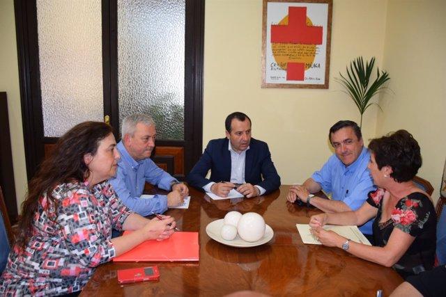 Ruiz espejo con CCOO y UGT y hostelería reunión convenio