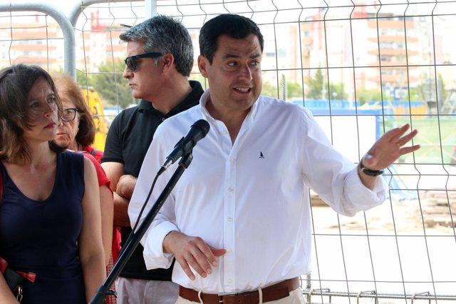 Juanma Moreno en un acto en Málaga