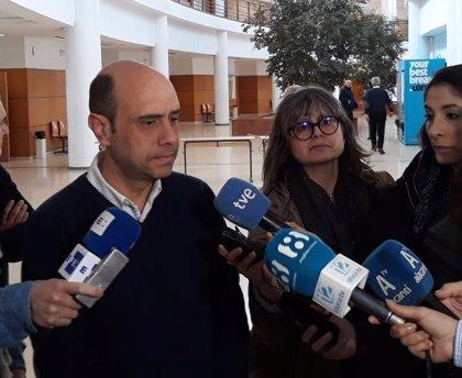 La Audiencia de Alicante confirma el procesamiento de Echávarri por despedir a la cuñada de Barcala